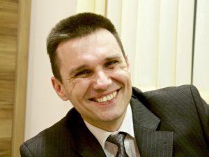 Nikola Dimitrov author featured on CarpeDiem.fyi